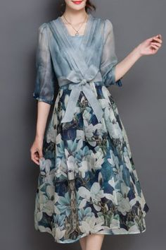 Chic V Neck 3/4 Sleeve Floral Print Women's Dress