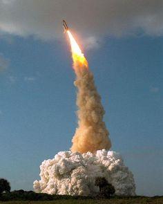 허블 우주망원경 24주년..명작 우주사진 톱7