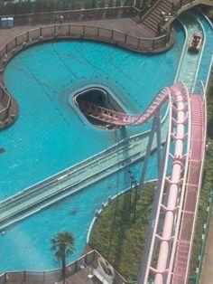Crazy rollercoster ride in Yokohama, Japan