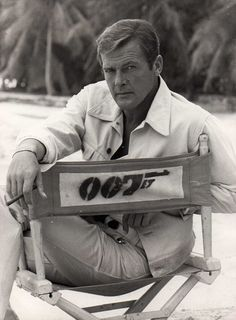 Roger Moore 007, Live and Let Die, 1973
