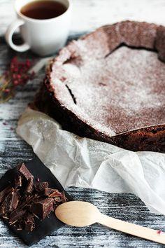 Kladdkaka – szwedzkie ciasto czekoladowe bez mąki