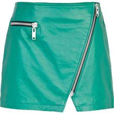 River Island Green leather asymmetric zip mini skirt (295 BRL) ❤ liked on Polyvore featuring skirts, mini skirts, bottoms, saias, gonne, blue mini skirt, short blue skirt, green mini skirt, zip skirt and green skirt