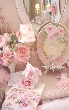 Shabby pinks
