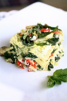 Basil always helps add a fresh taste to any dish. This Garden Lasagna is topped with basil and filled with vegetables for a great, summery taste. Some recipes for Lasagna contain meat. But have no fear vegetarians, this lasagna is meat free. Veggie Recipes, Pasta Recipes, Vegetarian Recipes, Cooking Recipes, Healthy Recipes, Vegetarian Dish, Delicious Recipes, Veg Lasagna Recipe, Veggie Lasagna
