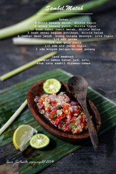 Indonesian Food Indonesian cuisine is one of the most vibrant and colourful cuisines in the world, full of intense flavour. Indonesian Food Traditional, Indonesian Cuisine, Sambal Recipe, Mie Goreng, Asian Recipes, Healthy Recipes, Malay Food, Food Menu, Food Design
