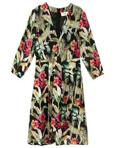 Pyrus Athene silk dress - black / cheetah print - The new black Athene dress from Pyrus does not disappoint, with it's super cool style and amazing brightly coloured jungle print. Blouse Dress, Silk Dress, Wrap Dress, Empire Design, Dress Outfits, Fashion Dresses, Blouses Uk, Feather Stitch, Pyrus