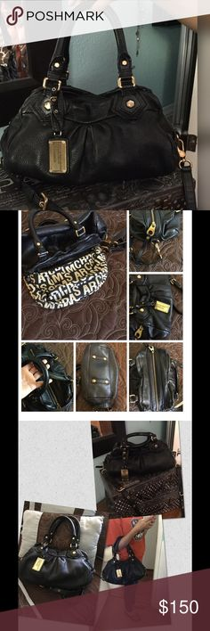 MARC JACOBS BABY CLASSIC Q GROVEE BAG 💕 I just bought this bag thinking it was the larger Q the seller said it was 😞 leather excellent beautiful condition. Lining great. A little normal wear on some of hardware and feet. Tag excellent condition. No smells. Smoke free. I'd be happy with it if it were the bag I thought I was buying. Marc by Marc Jacobs Bags Satchels
