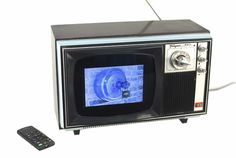 Reduce, Reuse, Recycle: Upcycled TV Transformed Into A Digital Picture Show!