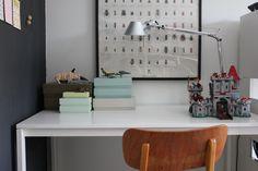 Koulupöytä, luontojuliste ja legolinna Picture from my blog