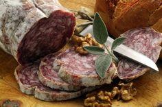 Scopriamo assieme tutto il gusto della tradizione in questo salume tipico della tradizione culinaria veneta: la Soprèssa Vicentina D.O.P.