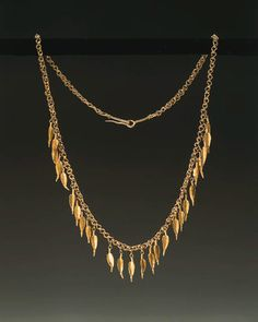 A greek gold necklace, ca. late 4th / 3rd century B.C.