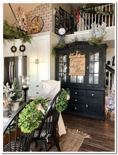 In this post I'm sharing a tour of my home for Christmas. Christmas mantel ideas christmas garland ideas Christmas kitchen Christmas decor ideas Christmas inspiration Christmas table Christmas tree ideas Christmas styling ideas Holiday decor festive home Country Farmhouse Decor, French Country Decorating, Farmhouse Stairs, Country Dining Rooms, Modern Farmhouse, Target Farmhouse, Farmhouse Kitchens, French Farmhouse, Christmas Kitchen