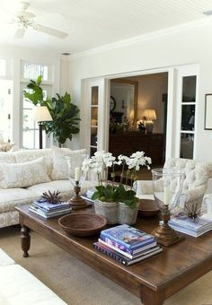 Home Interior Contemporary neutral_living_room.Home Interior Contemporary neutral_living_room Boho Chic Living Room, Home Living Room, Living Room Designs, Living Room Decor, Kitchen Living, Living Spaces, Coffee Table Styling, Decorating Coffee Tables, Coffe Table