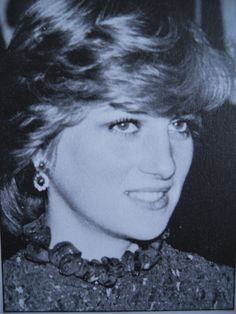 October 29, 1981: Princess Diana is given the Freedom of Cardiff city, and receives standing ovation after giving her first public speech, part of it in Welsh, at the end of her 3 day tour with Prince Charles to Wales at Cardiff City Hall.
