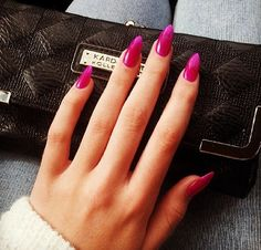 Love the pointed nails