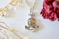 #jewelry #necklaces #charmnecklaces #resin #flowers #resinjewelry #resinnecklace #nature #flowerjewelry #pressedflowers #driedflowers #silver #silvernecklace #heatherflowers #anchor #anchornecklace jewelry handmade etsy flowers floral pressed flowers resin flower jewelry pressed flower jewelry handmade jewelry necklaces