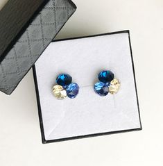 Flower earrings with Swarovski Crystals capri blue, golden shadow, sapphire and sterling silver settings Capri Blue, Flower Earrings, Earrings Handmade, Swarovski Crystals, Sapphire, Sterling Silver, Unique Jewelry, Handmade Gifts, Flowers