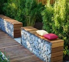 DIY Retaining Wall - Landscaping and Backyard Design Ideas Diy Retaining Wall, Gabion Wall, Casa Patio, Pergola Patio, Pergola Kits, Cheap Pergola, Pergola Ideas, Garden Seating, Outdoor Seating