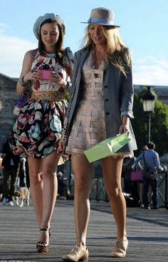 Gossip Girl styling tip: Accessorize, accessorize, accessorize. Beyond those headbands, there was an incredible amount of visual icing-on-the-cake going on during every episode: Quirky hats, oodles of jewelry, textured tights, and thoughtfully-placed scarves all upped the fashion ante. It's also your best bet for updating your own wardrobe without breaking the bank.