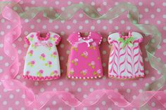 """Postreadicción galletas decoradas, cupcakes y pops: Galletas decoradas: vestidos """"wet on wet"""""""