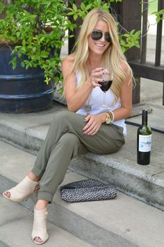#SeekAdventure with outdoor concerts & a bottle of The Seeker Wine by @jessicalynnfay