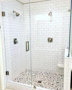 Useful Walk-in Shower Design Ideas For Smaller Bathrooms – Home Dcorz Diy Shower, Shower Floor, Shower Ideas, Small Bathroom, Bathroom Showers, Remodled Bathrooms, Bathroom Renos, Bathroom Remodeling, Bathroom Ideas