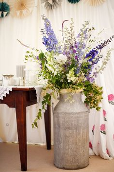 Love in a Wiltshire country garden - Summer weddings - YouAndYourWedding
