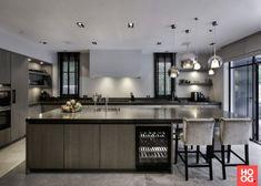 Simple Kitchen Design, Luxury Kitchen Design, Dream Home Design, Interior Design Kitchen, House Design, Big Kitchen, Kitchen Dining, Kitchen Decor, Kitchen Plinth