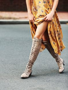 Pretty yellow dress w/lace-up boots