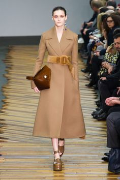 The Best Fall 2014 Runway Looks From Paris // Céline