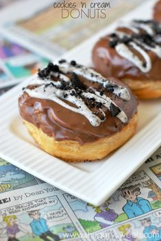 Easy, fried donuts in under 30 minutes! This easy Cookies 'n Cream Donuts recipe is made using Pillsbury Grands biscuits, candy bars, Oreos and Chocolate. Churros, Just Desserts, Delicious Desserts, Dessert Recipes, Yummy Food, Cream Donut Recipe, Yummy Treats, Sweet Treats, Fried Donuts