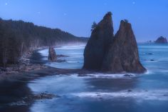 from www.DaveMorrowPhotography.comRead the full blog post -->http://www.davemorrowphotography.com/2014/05/the-wild-coast-olympic-national-park.htmlThis shot came as the 96% moon rose from the east just out of the top lefthand side of this picture's frame. The moon illuminated the entire landscape and made the pacific ocean shine and glitter in the darkness of the night. Such an awesome sight to see, and easily one of my favorite shoots of the season thus far. Over the past month I've spent…