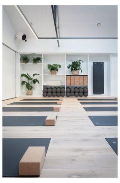 Yoga Studio Design, Yoga Studio Decor, Yoga Decor, Yoga Studio Interior, Yoga Room Design, Yoga Studio Home, Home Yoga Studios, Room Interior, Wellness Studio