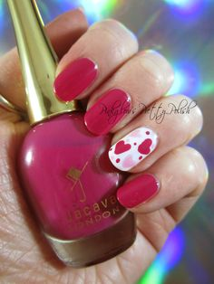 Sweetheart-valentines-day-nail-art.jpg