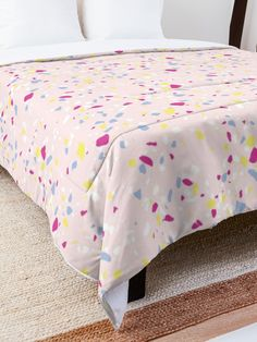 'Party Design' Comforter by Shane Simpson College Dorm Rooms, Square Quilt, Quilt Patterns, Comforters, Pillows, Retro, Bed, Party, Fabric
