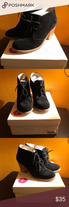 """Boden lace up ankle boots black suede Size 38 Boden lace up ankle boots in black suede size 38. The boden shoe chart says a 38 is a size 7..They came in the original bag. The boot has no damage the suede is very soft. The heel is 3"""" very beautiful bootie Boden Shoes Lace Up Boots"""