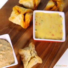 Clinton Kelly's Spicy Queso Dip! #TheChew #QuesoDip #Appetizer