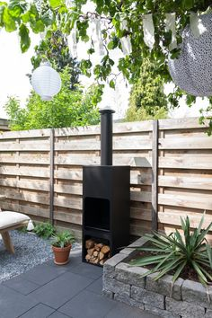 42 Awesome Outdoor Fireplace Design - Page 28 of 42 Outdoor Fireplace Designs, Fireplace Garden, Brick Fireplace, Fire Pit Backyard, Backyard Patio, Fire Pit Plans, Architecture Design, Pergola Kits, Garden Inspiration