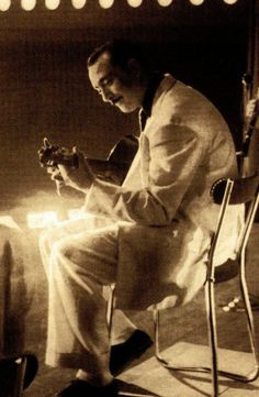 DJANGO REINHARDT  Amazing original guitarist! I love his beautiful solos..He died to you at 42 I believe ,of some kind of stroke. Check him out on youtube.