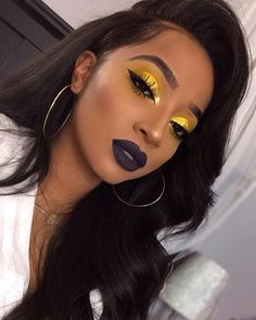 Yellow eyeshadow and dark lipstick Gelber Lidschatten und dunkler Lippenstift Glam Makeup, Flawless Makeup, Cute Makeup, Gorgeous Makeup, Pretty Makeup, Makeup Tips, Hair Makeup, Makeup Ideas, Makeup Inspo