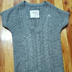 Selling this Abercrombie Top Size L V-neck Sweater Tunic Grey in my Poshmark closet! My username is: mrsmrswilson. #shopmycloset #poshmark #fashion #shopping #style #forsale #Abercrombie & Fitch #Sweaters