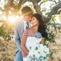 A stunning wedding in Napa Valley with an amazing couple and beautiful light!! One you don't want to miss!