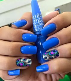 NAIL COLOR & DESIGN