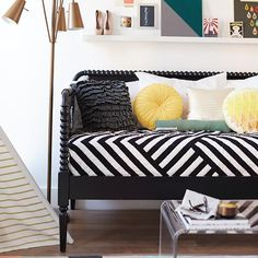 Twin Ahmaze Quilt & Jenny Lind Daybed | The Land of Nod