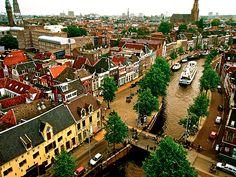 westeastsouthnorth:    Groningen, The Netherlands  (by KAPturer)