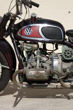 """Von Dutch XAVW Motorcycle, """"picked"""" by Mike Wolfe of 'American Pickers' - A Harley Davidson XA, with a WWII shaft drive, Moto Guzzi components and a flat-four Volkswagen engine; Von Dutch joined cool components and built a one-of-a-kind, complete bike. American Pickers, Motos Vintage, Vw Vintage, Vintage Bikes, Vintage Motorcycles, Custom Motorcycles, Custom Bikes, Cars And Motorcycles, Motorcycle Museum"""
