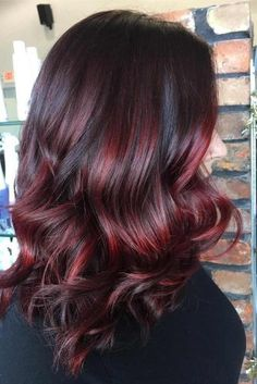 Thinking of switching over balayage hair colors? Learn what a balayage is, how to get balayage highlights, and find chic balayage hair ideas! Hair Color Highlights, Hair Color Balayage, Ombre Hair, Caramel Balayage Highlights, Ashy Balayage, Short Balayage, Cherry Cola Hair Color, Red Hair Color, Hair Colors