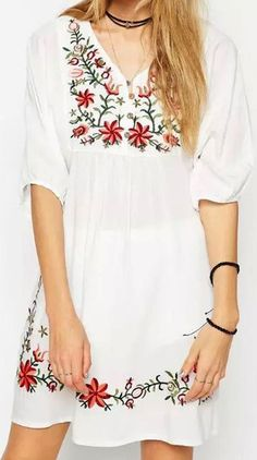 White Embroidery Floral V-neck Half Sleeve Dress