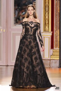Zuhair Murad 2012/2013  lace, lace, and more lace, bring it on :)