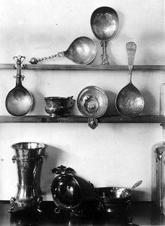 Samisk sølv fra Sør-Varanger. Norway. Foto av Wessel i 1900-1910.